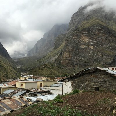 На окраине Бадринатха, дальше только граница с Тибетом